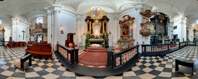 The Tomb of the Lord in the 18th century Carmelite church of St. Teresa of Ávila and St. John of the Cross in Kraków.  Click to view this panorama in new fullscreen window