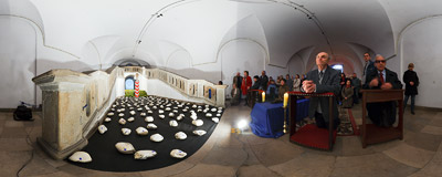 The Tomb of the Lord in the crypt of the Piarist church in Kraków (compare it with the 2008 and 2009 versions).  Click to view this panorama in new fullscreen window