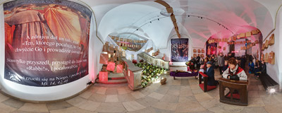 The Tomb of the Lord in the crypt of the Piarist church in Kraków.  Click to view this panorama in new fullscreen window