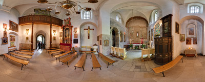 Inside the Holy Saviour Church in Kraków.  Click to view this panorama in new fullscreen window