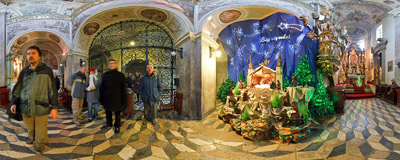 Nativity scene in St. Andrew's church in Kraków.  Click to view this panorama in new fullscreen window
