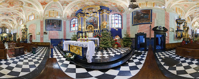 Nativity scene in St. Barbara's church in Kraków.  Click to view this panorama in new fullscreen window