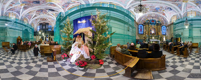 A nativity scene in St. Barbara's church in Kraków.  Click to view this panorama in new fullscreen window