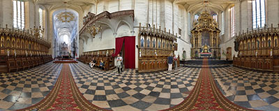 In the chancel of Gothic Augustine church of St. Catherine and St. Margaret in Kraków.  Click to view this panorama in new fullscreen window