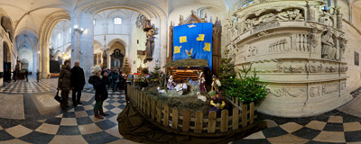 The nativity scene in the Gothic church of St. Catherine in Kraków.  Click to view this panorama in new fullscreen window