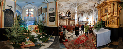 Nativity scene in the Holy Cross church in Kraków.  Click to view this panorama in new fullscreen window