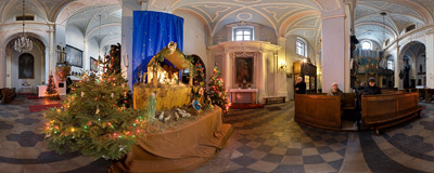 Nativity scene in St. Mark's church in Kraków.  Click to view this panorama in new fullscreen window