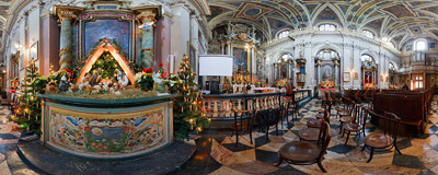 Nativity scene in the Baroque church of St. Francis de Sales in Kraków.  Click to view this panorama in new fullscreen window