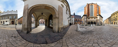 Kraków - Mariacki Square.  Click to view this panorama in new fullscreen window