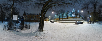 A snowy January night at the feet of the Wawel Castle in Kraków.  Click to view this panorama in new fullscreen window