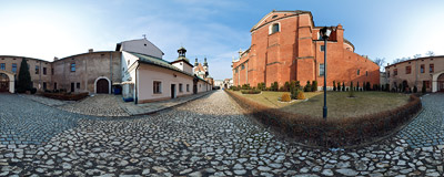 A small yard between the tall brick wall of St. Peter's and St. Paul's Church and the monastery of Poor Clares in Kraków.  Click to view this panorama in new fullscreen window