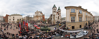 Kraków, St. Mary Magdalen's Square: after the funeral Mass in St. Mary's Basilica, bodies of late President Lech Kaczyński and his wife Maria are being taken along the historic Royal Route to the Wawel Castle.  Click to view this panorama in new fullscreen window
