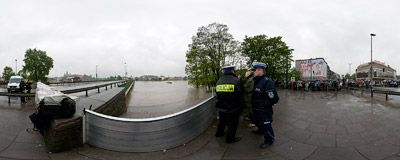 May 2010 flood in Kraków: the Dębnicki Bridge across the Vistula river was closed after water had got so high it threatened its construction.  Click to view this panorama in new fullscreen window