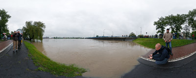 May 2010 flood in Kraków: there is only some two feet of clearance under the Grunwaldzki Bridge across the Vistula river.  Click to view this panorama in new fullscreen window