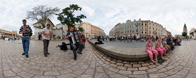 Rzeszów Klezmer Band performing in the Kraków Main Square.  Click to view this panorama in new fullscreen window