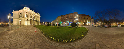 In front of the Słowacki Theatre in Kraków.  Click to view this panorama in new fullscreen window