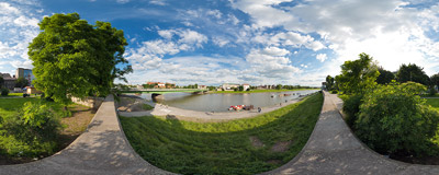 The Vistula river in Kraków, near the Dębnicki Bridge - compare it with the flood situation captured on another panorama made here a month earlier.  Click to view this panorama in new fullscreen window