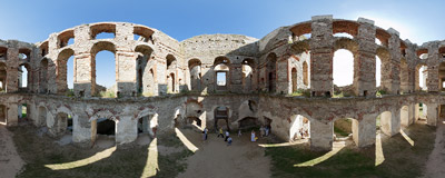 Inside the ruins of the 17th century castle of Krzyżtopór in Ujazd.  Click to view this panorama in new fullscreen window