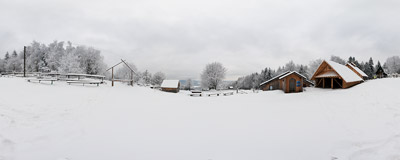 Winter by the Kudłacze mountain hut in the Beskid Myślenicki mountain range.  Click to view this panorama in new fullscreen window