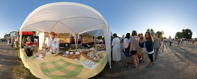 The 9th Festival of Ciulim & Chulent in Lelów: one of the stands serving local specialties.  Click to view this panorama in new fullscreen window