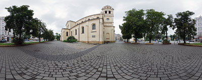 The Neo-Romanesque parish church of the Elevation of the Holy Cross in Łódź, built in 1860-1875.  Click to view this panorama in new fullscreen window