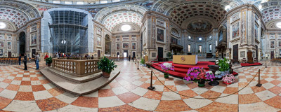 Inside the Basilica of Sant'Andrea, a Roman Catholic co-cathedral and minor basilica in Mantua, Lombardy (Italy).  Click to view this panorama in new fullscreen window