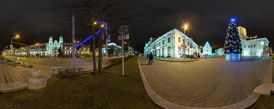 Freedom Square (Плошча Свабоды, Площадь Свободы) in Minsk, the capital of Belarus.  Click to view this panorama in new fullscreen window