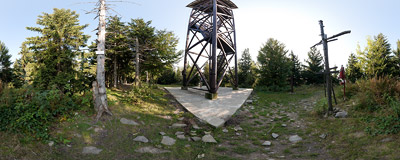 At the foot of a wooden viewing tower on the summit of Mogielica (1170 m) in the Beskid Wyspowy mountain range.  Click to view this panorama in new fullscreen window