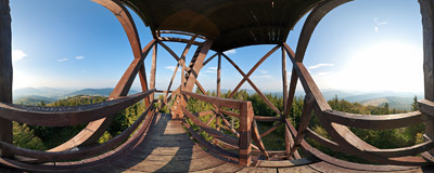 On a middle level of a wooden viewing tower on the summit of Mogielica (1170 m) in the Beskid Wyspowy mountain range.  Click to view this panorama in new fullscreen window