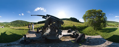 A WW2 Soviet cannon in Nižný Komárnik.  Click to view this panorama in new fullscreen window