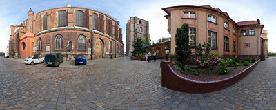 At the side of the Basilica of St. James and St. Agnes in Nysa.  Click to view this panorama in new fullscreen window