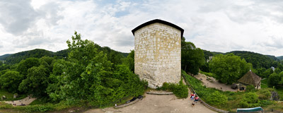 Ruins of the royal castle in Ojców.  Click to view this panorama in new fullscreen window