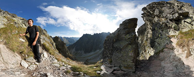 Orla Perć: traversing the south face of Wielka Buczynowa Turnia.  Click to view this panorama in new fullscreen window