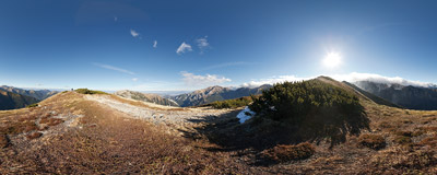 On the ridge of Ornak, Western Tatra Mountains.  Click to view this panorama in new fullscreen window