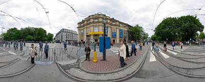 Road crossing in Kraków right after the passage of Pope Benedict XVI.  Click to view this panorama in new fullscreen window