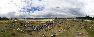4th Annual Air Show in Kraków.  Click to view this panorama in new fullscreen window