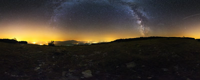 A summer night under the stars on the lower summit of Pilsko (1543 m) in the Beskidy Mountains.  Click to view this panorama in new fullscreen window