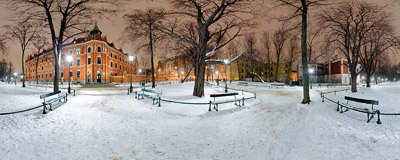 Winter evening in the Planty gardens in Kraków.  Click to view this panorama in new fullscreen window