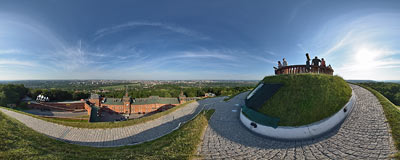 Kraków - Kościuszko Mound.  Click to view this panorama in new fullscreen window