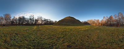 Piłsudski Mound in Kraków.  Click to view this panorama in new fullscreen window
