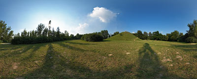 Wanda's Mound in Kraków.  Click to view this panorama in new fullscreen window