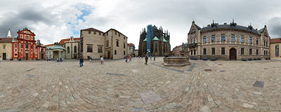Prague Castle Hill - the square behind the St. Vitus Cathedral.  Click to view this panorama in new fullscreen window