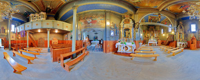 Inside the wooden church of the Nativity of the Blessed Virgin Mary in Rajbrot.  Click to view this panorama in new fullscreen window
