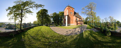 15th-century Gothic church of St. Gregory in Ruszcza.  Click to view this panorama in new fullscreen window