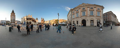 Two accordion players in the Kraków Main Square.  Click to view this panorama in new fullscreen window