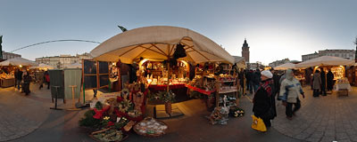 Christmas market on the Kraków Old Town Square.  Click to view this panorama in new fullscreen window