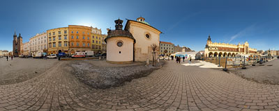 Kraków - Main Square.  Click to view this panorama in new fullscreen window