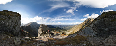 On the ridge of Skriniarky in Slovak Tatra mountains.  Click to view this panorama in new fullscreen window