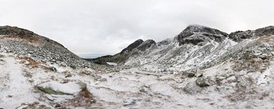 On the icy trail from Dolina Gąsienicowa to Świnicka Przełęcz, Polish Tatra Mountains.  Click to view this panorama in new fullscreen window