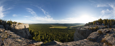 Wielki Szczeliniec in the Góry Stołowe mountain range.  Click to view this panorama in new fullscreen window